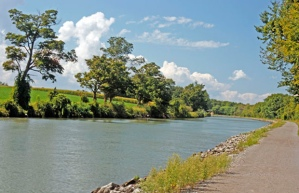New York's Erie Canalway Trail